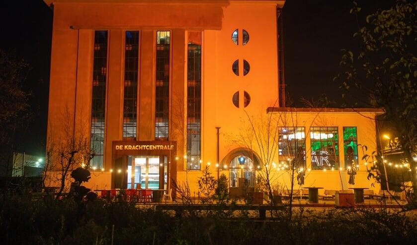 De aftrap van Orange the World was maandag bij De Krachtcentrale in Huizen.