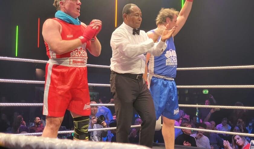 De wethouder in de ring.