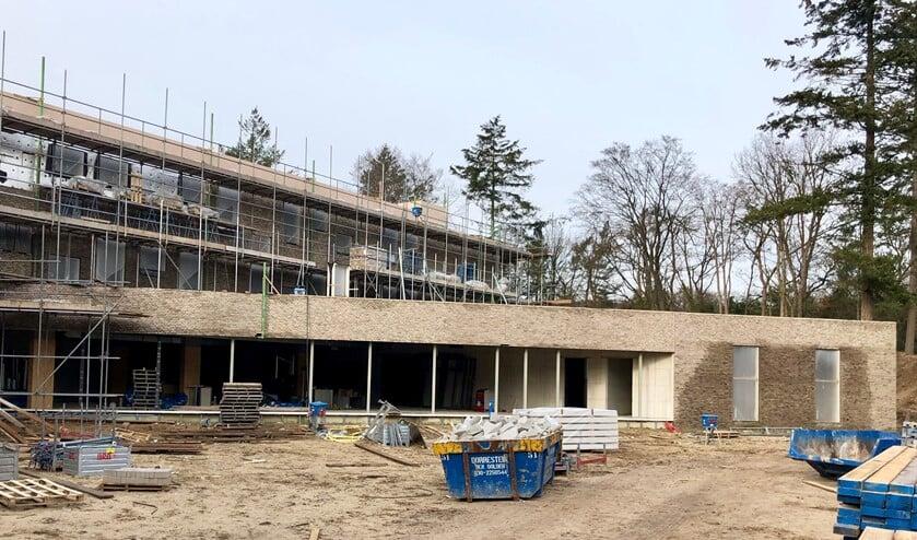 De nieuwbouw van het Rosa Spier Huis loopt voorspoedig.