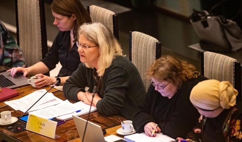 Jacqueline Kalk (PvdA) verwijt de meerderheid van de raad 'lichtzinnigheid'.