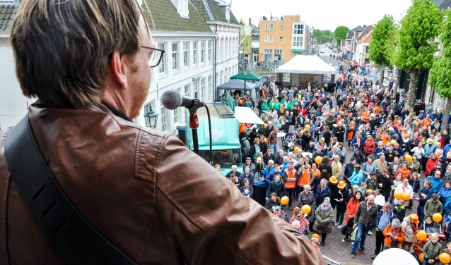 Koningsdag 2018. Kijk voor een toelichting op de activiteiten van dit jaar op www.oranjeverenigingweesp.nl
