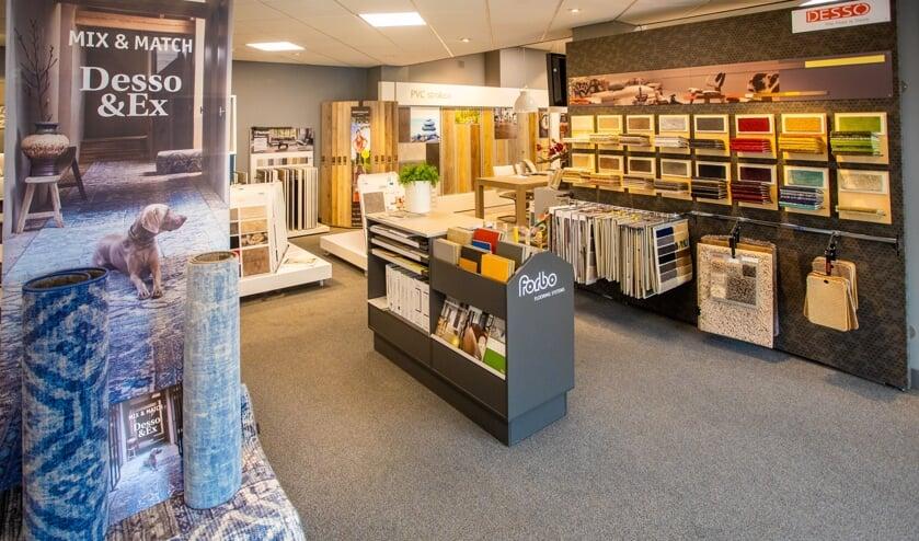 Groot assortiment vloeren, tapijten, vloerkleden, gordijnen en zonweringen.