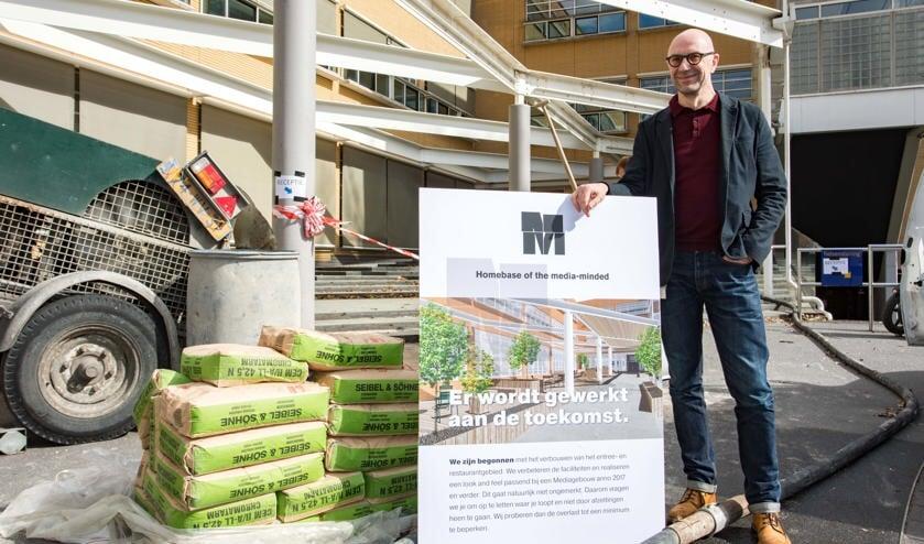 Michiel Leijenaar is de panddirecteur van het M-mediagebouw. Ook hij zet woensdag zijn handtekening.