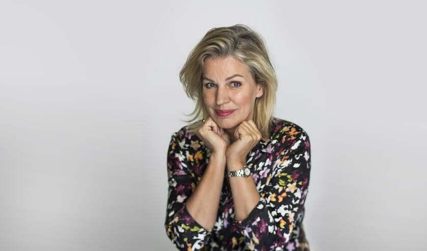 Annejet van der Zijl schreef het Boekenweekgeschenk 2020 en is ook te gast in Boekhandel Los.