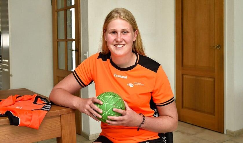 Amber van der Meij is net 18, maar nu al geselecteerd voor het Nederlands team.