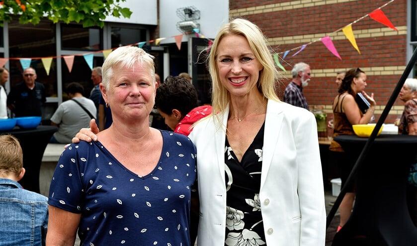 Karin van der Werf en Gaby Etman.