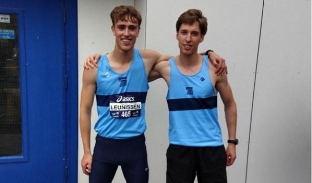 Ken Leunissen (l) en Igor Rutka (r) van Atletiekvereniging Zuidwal.