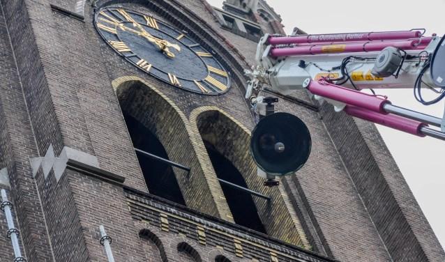 De klokken van de Laurantiuskerk moesten plaatsmaken voor een torenkamer, maar krijgen nu een ode van WSPRMP.