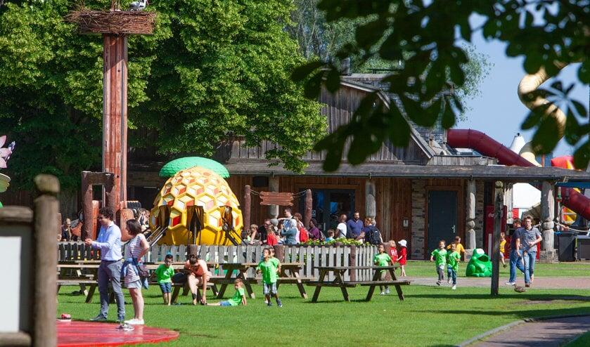 Oud Valkeveen trekt soms veel bezoekers en die moeten ook in de toekomst ergens kunnen parkeren.