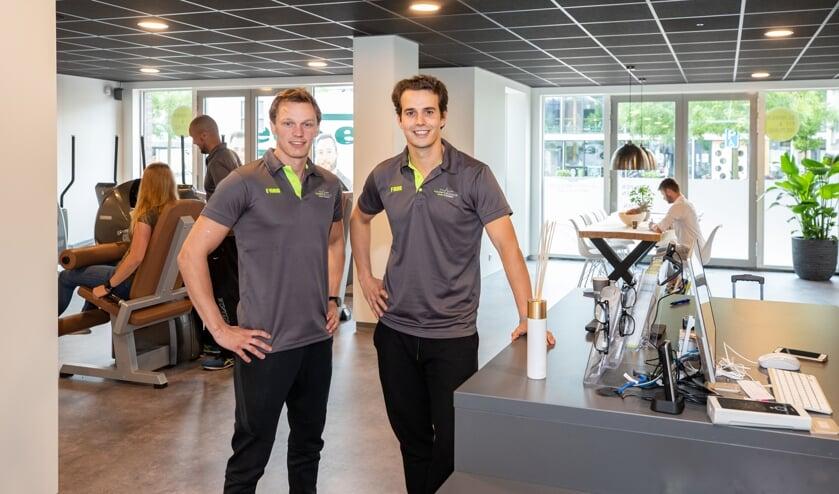 Clubmanager Hugo en eigenaar Thomas (rechts) en hun team heten de sporters graag welkom.
