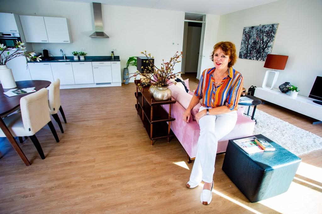 Karin Annaert, directeur/bestuurder Rosa Spier Huis, in de modelwoning. Foto: Bob Awick © Enter Media