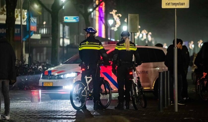 De politie is meer zichtbaar aanwezig in het uitgaanscentrum, aldus burgemeester Broertjes.