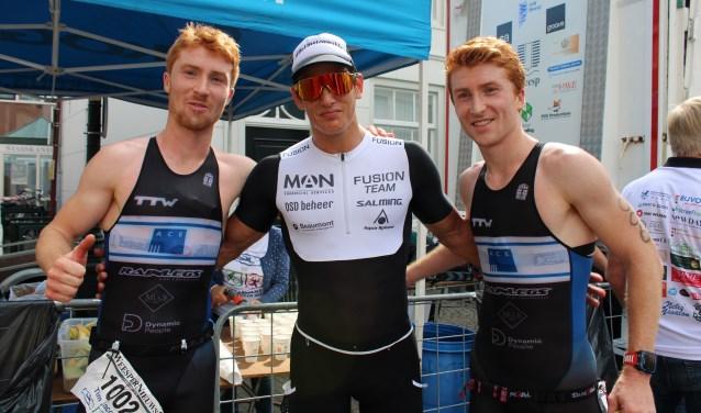 Drie oud-Weespers domineren de 30e editie van de WeesperNieuws Extra Triatlon: Tim Jacobs, Steff Overmars en Daan Jacobs.