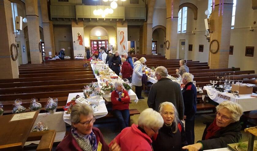 Ook vorig jaar was er een kerstmarkt in de Sint Petrus' Bandenkerk.