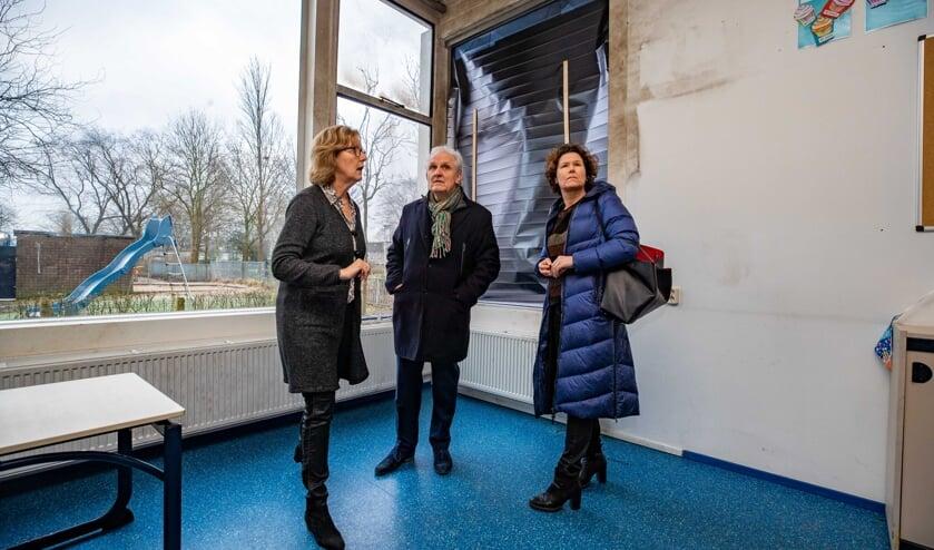 Burgemeester Broertjes en wethouder Annette Wolthers namen begin januari poolshoogte bij de Augustinusschool.