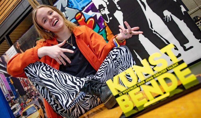 <p>Dieke de Jong heeft Kunstbende 2020 gewonnen in de categorie Dans.</p>