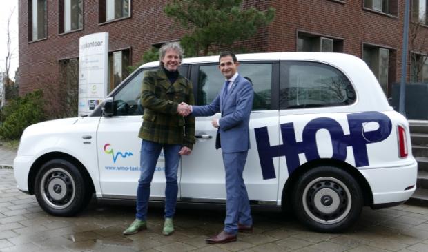 Beoogd directeur Richard Hop en wethouder Maarten Hoelscher.
