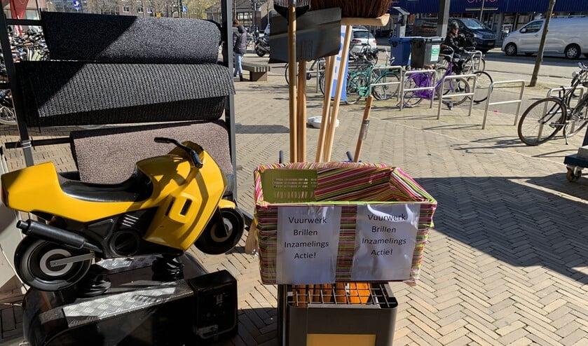 De bak bij de winkel van Maasdam.