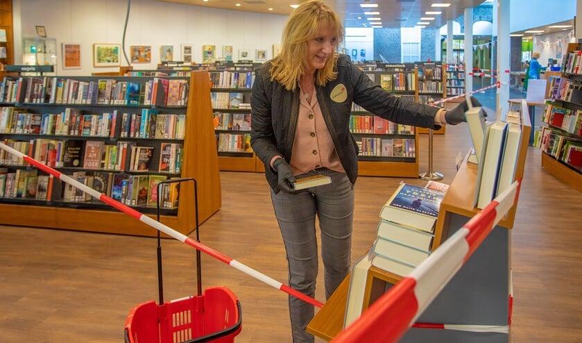 In de bibliotheek in Laren zijn de nodige coronamaatregelen genomen.