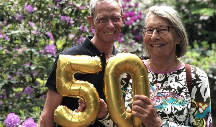 Aart en Dolly zijn al een halve eeuw getrouwd.