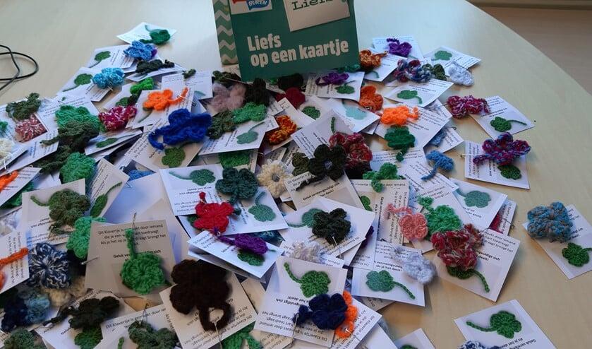 Klavertjes in allerlei kleuren voor het personeel en de vrijwilligers van Voor Anker.