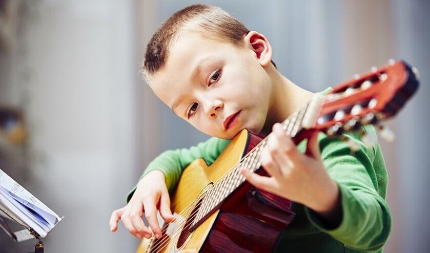 Kinderen kunnen diverse muziekinstrumenten ontdekken in zeven weken.