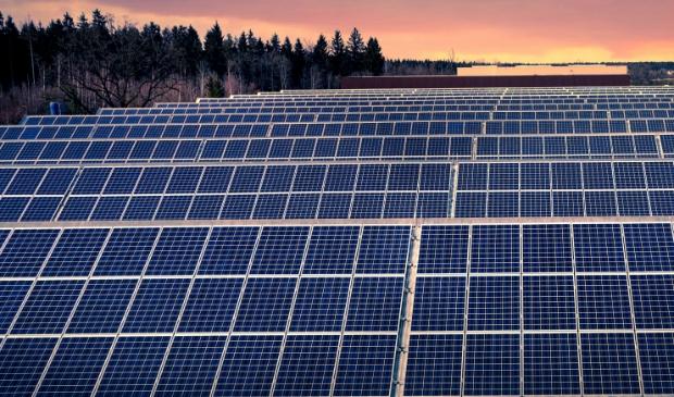 <p>Uit onderzoek blijkt dat de markt voor zonnepanelen op daken goed is ontwikkeld.</p>