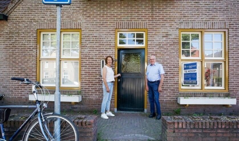 <p>Diny Simkens en Geert Hut bij De Huiskamer in Leende.</p>
