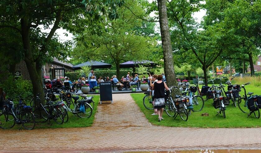 <p>Een pauzeplaats in een eerdere editie van de fiets 4-daagse</p>