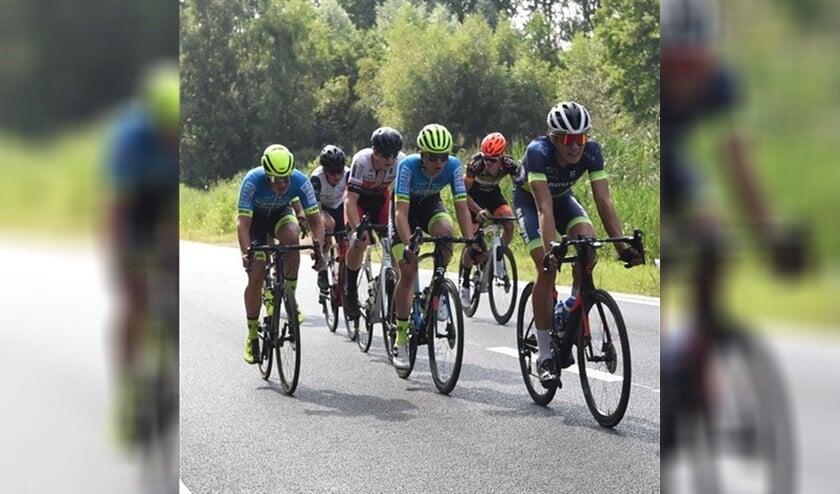 <p>Bjorn Baudoin in actie tijdens de GP Mol/Ezaart, waar de renner uit Dommelen uiteindelijk vijfde werd.</p>