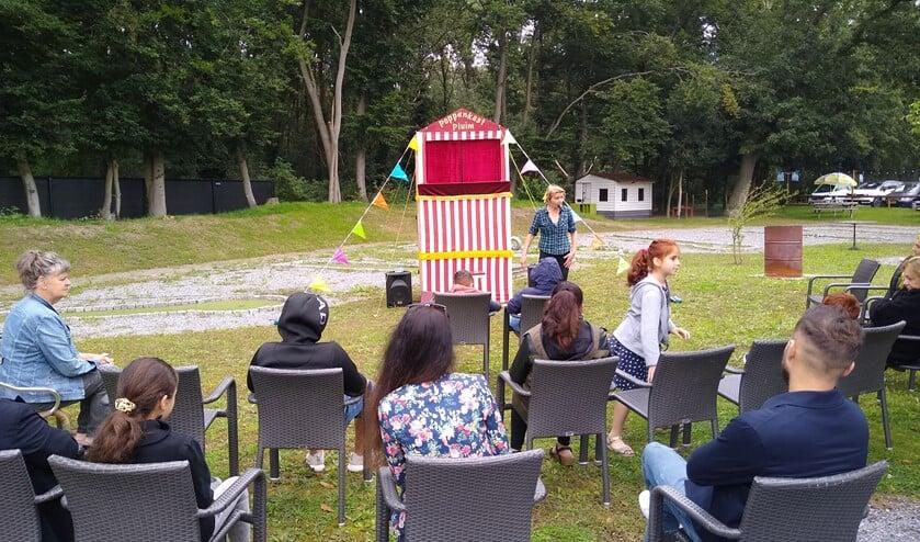 <p>Poppenkast Pluim verzorgde een optreden bij de bijeenkomst van de Waalrese statushouders bij herberg &#39;t Loon.</p>