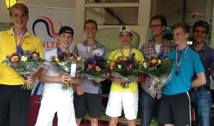 V.l.n.r.: Gijs Offringa, Jasper de Beer, Timo Vromen, Alexander Rutten en Tijmen van Wegen