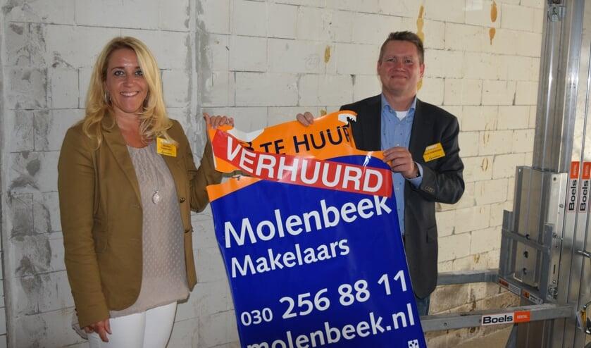 Jelle en Wiljanda zijn blij met de extra vierkante meters die straks bij zaak getrokken worden.