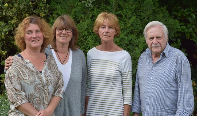 V.l.n.r. Mede organisatoren Lotte Stuurman, Petra Lage Venterink, Lies Nijnens en Kees Floor.