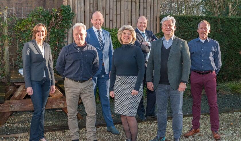 V.l.n.r.: Margriet van de Vooren (Bilthoven, 4), Arjan Muijs (Hollandsche Rading, 5), Cornel Boere (Westbroek, 7), Madeleine Bakker (lijsttrekker), Martijn Koren (De Bilt, 3), Werner de Groot (Maartensdijk, 2) en Teus Spelt (Groenekan, 6).