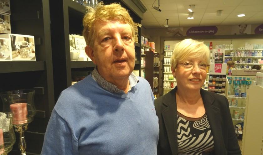 Joop en Jannie van Rossum krijgen het erg druk met de overgang naar DA. Met mooie aanbiedingen wordt de overgang luister bijgezet.