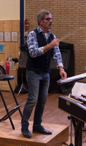 Dirigent Arie Roelofsen neemt op 31 maart afscheid van de KBH.
