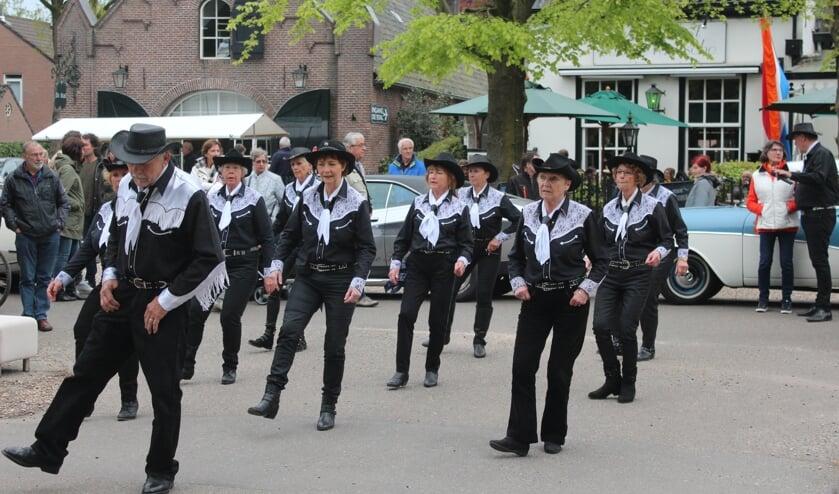 Gedurende de gehele middag was er een terugkerend optreden, verzorgd door de 'Blackhorse Linedancers' uit Hilversum.