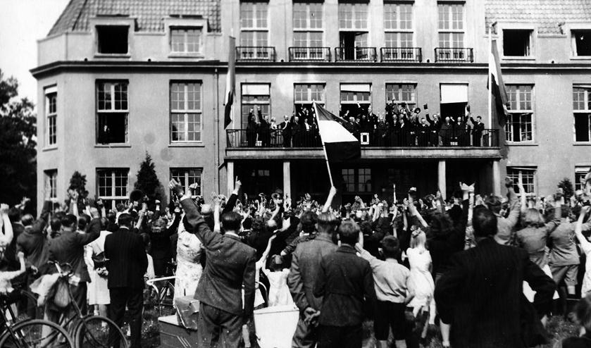 Ook bij Jagtlust waren duizenden mensen aanwezig om de bevrijders te begroeten. Vijf ellendige oorlogsjaren waren voorbij. Ook in De Bilt en Bilthoven waren er vele overledenen te betreuren