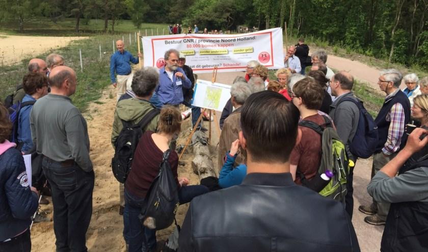Het plan (2016) met omvorming van bos naar heidelandschap tussen de Hoorneboegse heide leidde tot grote commotie bij de omwonenden.