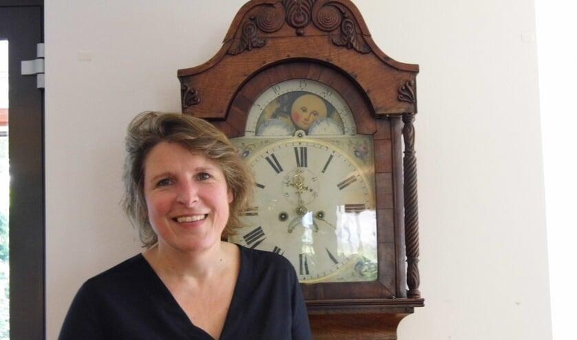 Gerdine Timmerman vertelt graag over de mogelijkheden binnen het Ontmoetingcentrum.