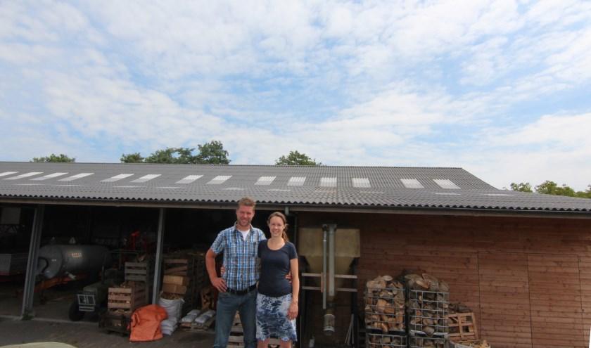 Marjolein en Wouter van Oostrum van zorgboerderij Nieuw Toutenburg stellen hun dak via Biltstroom beschikbaar voor het opwekken van zonnestroom voor buurtbewoners.