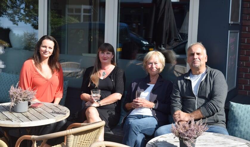 Angelique van Meerten, Wilma van Poelgeest, Marlies Willemse en Rob van Meerten hopen op een grote opkomst