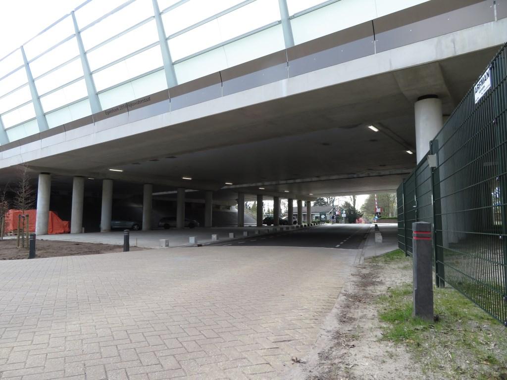 Het aanzien van het viaduct ervaren de meeste inwoners als verbeterd. (foto Adri Gersen)  © De Vierklank