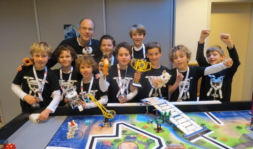 De opgetogen winnaars van de regionale Lego League 2019-2020.