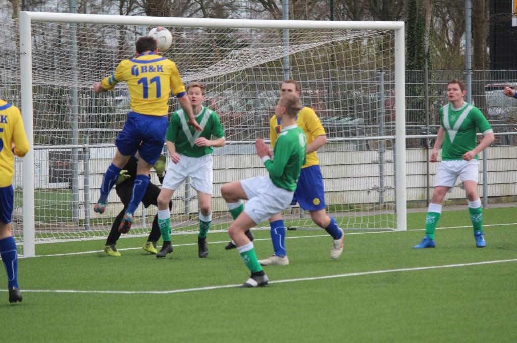 Een van de zeven doelpunten van SVM in beeld.  © De Vierklank