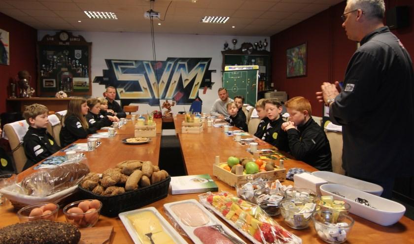 Jacco Rozenberg wenst SVM-ers smakelijk eten.