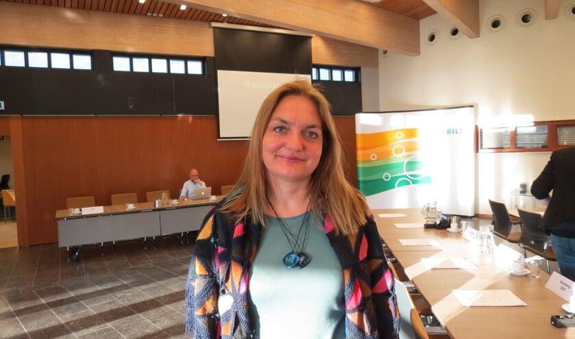 Connie Brouwer stelt vragen over het Montessori kinderdagverblijf en Veilig Thuis/Save.
