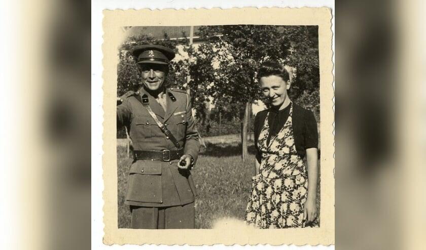 Majoor Boellaard en Annette, de Franse vrouw die de gevangenen van Natzweiler hielp waar dat maar mogelijk was'