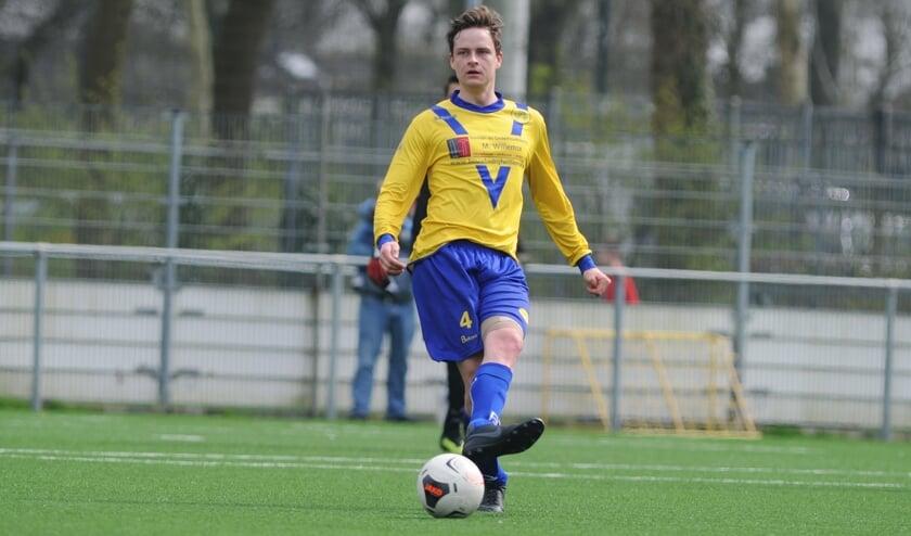 Door een doelpunt van Wessel Schuller werden de laatste drie competitiepunten binnengehaald. (foto Hans Nauta)